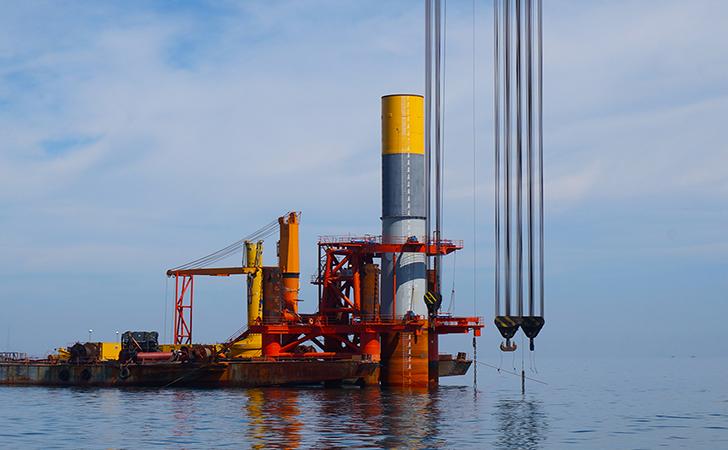 这还算个辅助工程吗?辽宁省海上风电项目看重定位桩