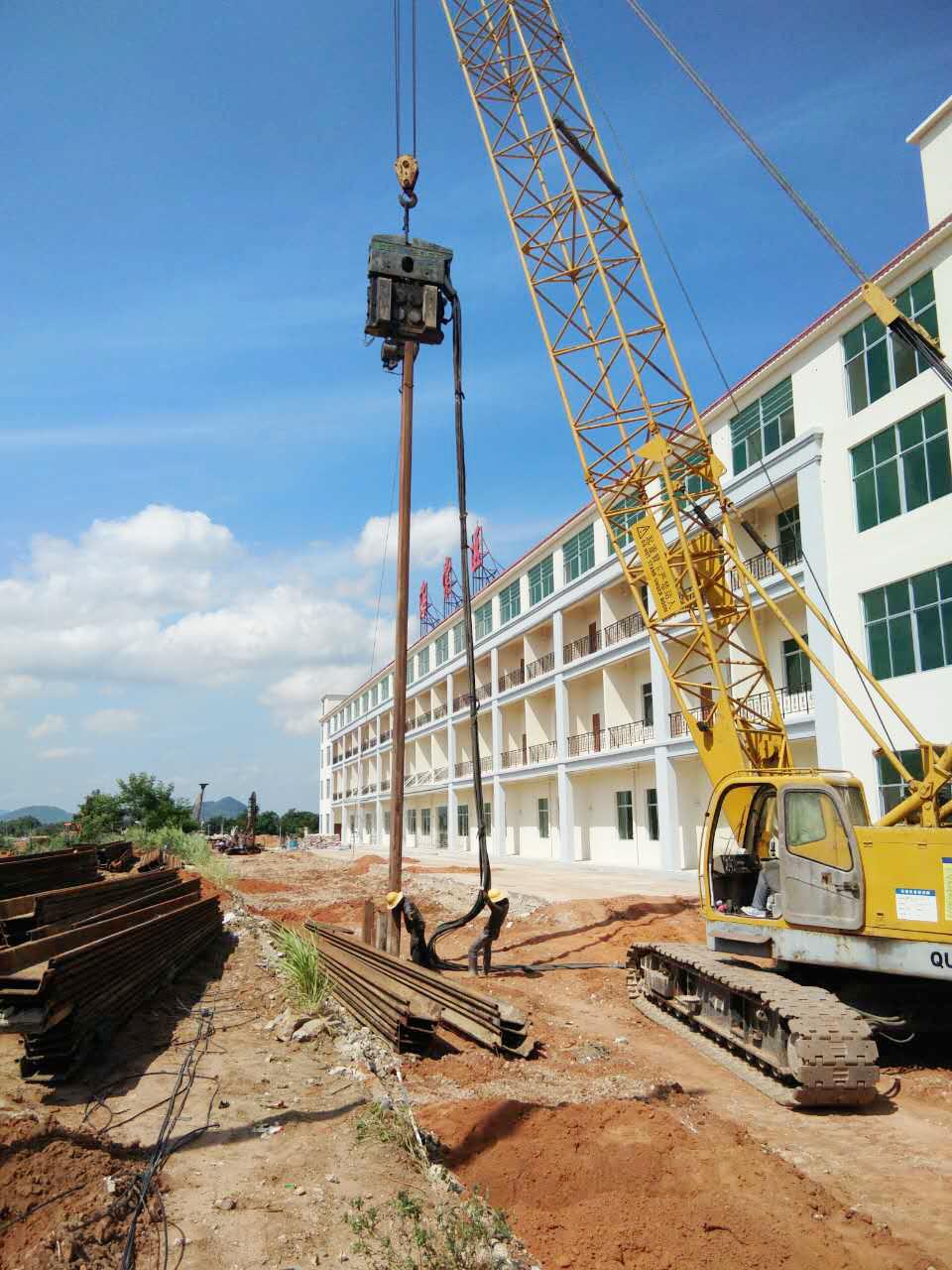 ICE振动锤助力三亚市海榆东线南段地下综合管廊项目建设