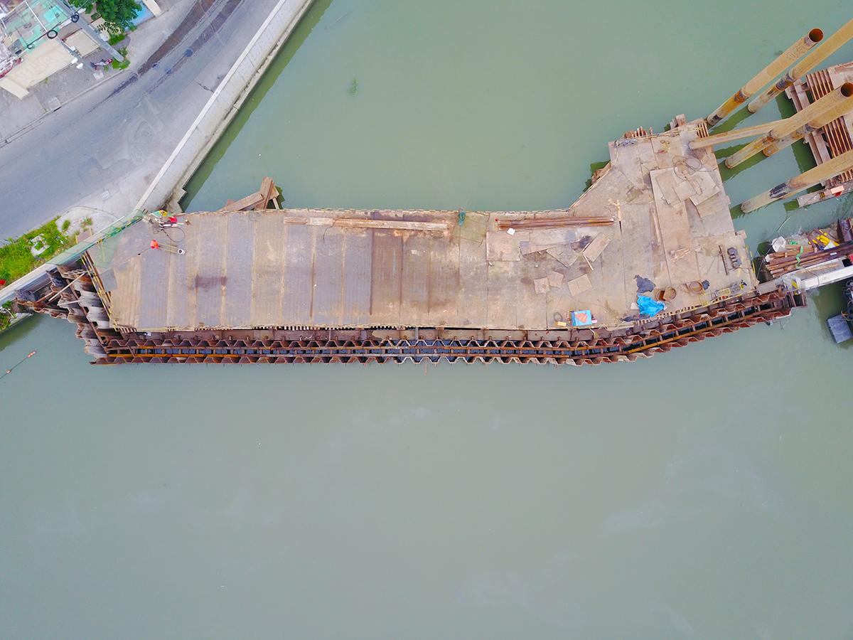 双排23米超长钢板桩助力北横通道建设